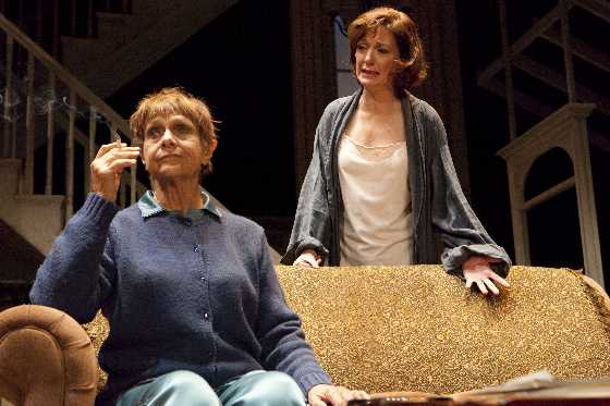 Estelle Parsons & Shannon Cochran in August: Osage County