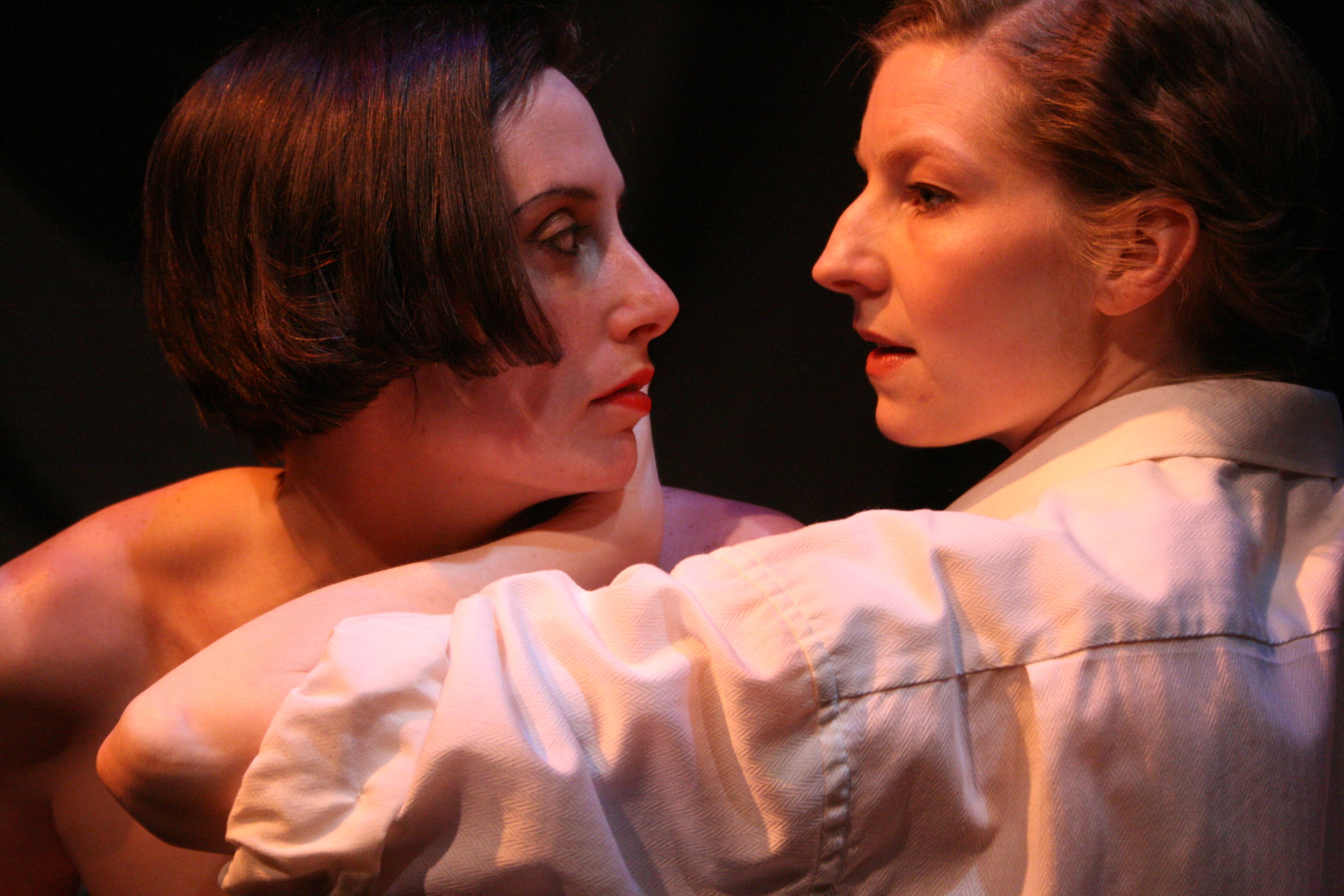 Maev Beaty and Erin Shields in Montparnasse