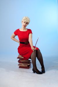 Photo of Laura Anne Harris as Judy Holliday in Pitch Blond