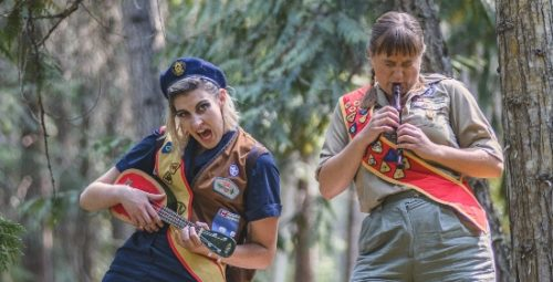 """S.E. Grummett and Holly M. Brinkman in """"Pack Animals"""" at the 2019 Toronto Fringe Festival"""